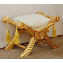 Złota pufa ludwikowska siedzisko