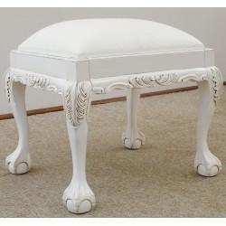 Biały taboret rzeźbiony Chippendale
